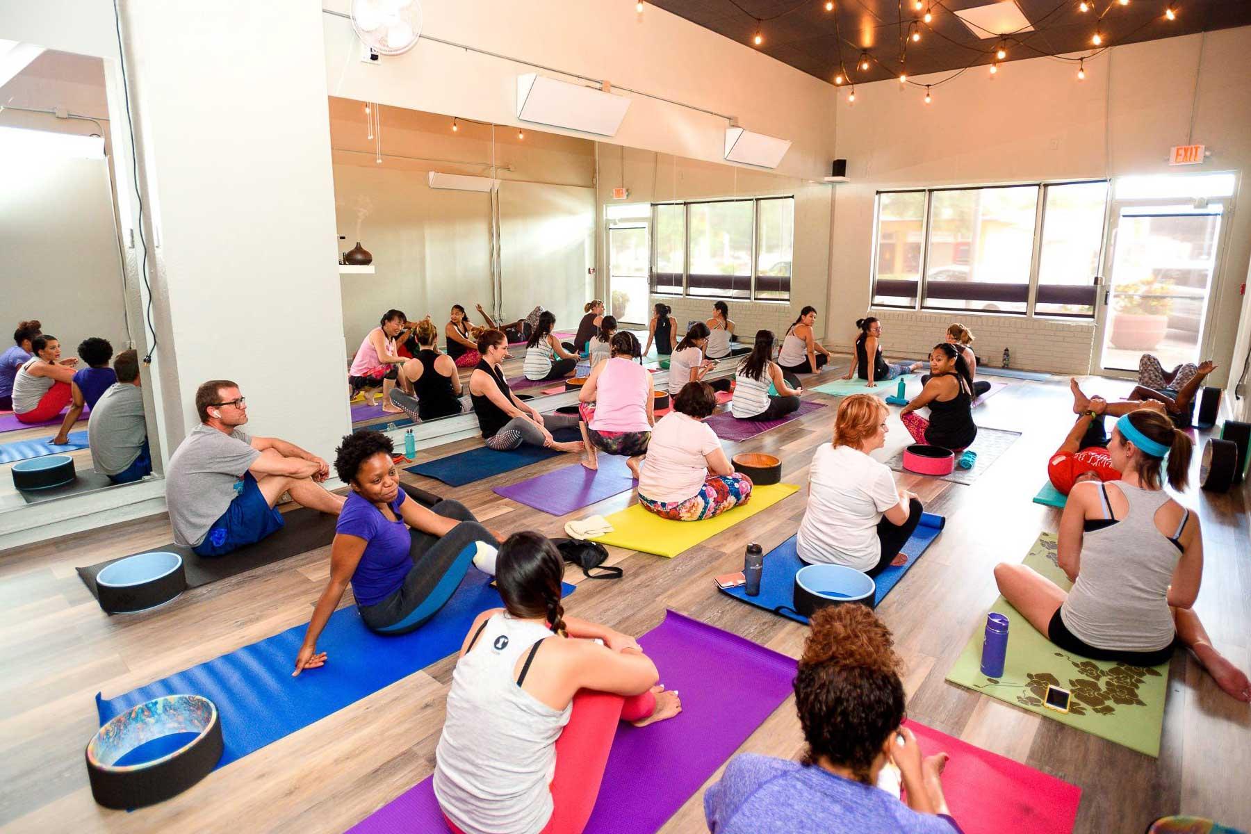 Yoga_class_St_Pete_IMG_4173